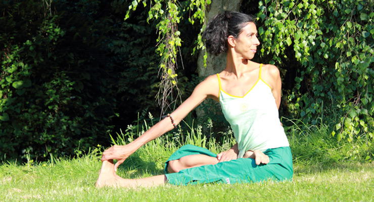 Seated Asana Twist